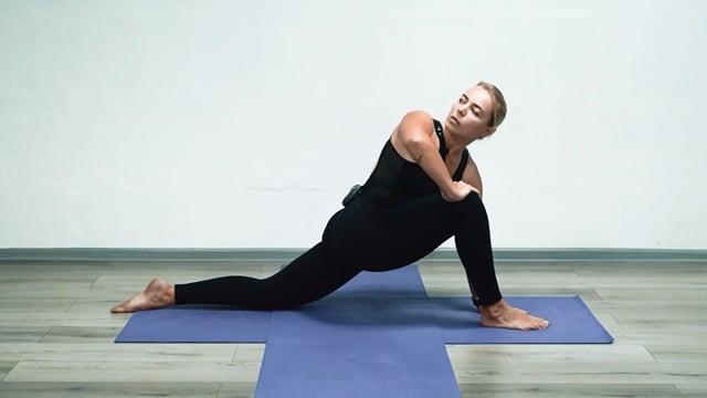 Йога против сутулости