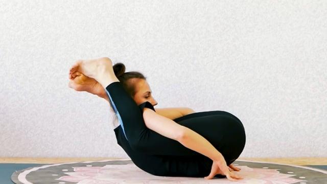 """Работа с мобильностью тазобедренных суставов, и спазмированными мышцами этой области.  Подведение с положениями """"две ноги за голову"""""""