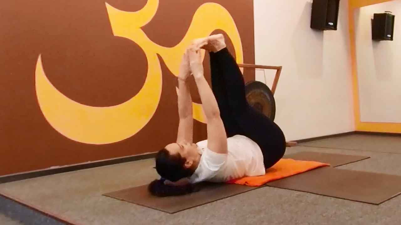 Корректируй вес в режиме ADHOyoga.  Часть 3. Работаем с мышцами рук и прессом