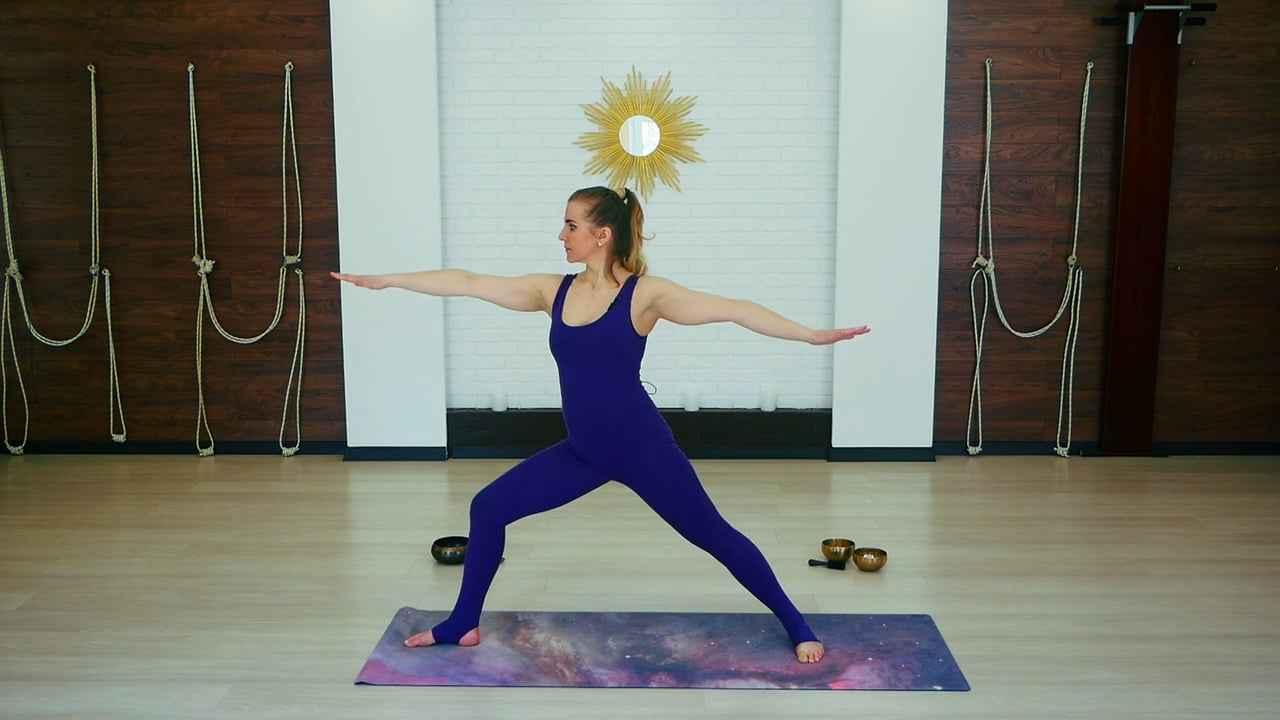 Йога во время критических дней