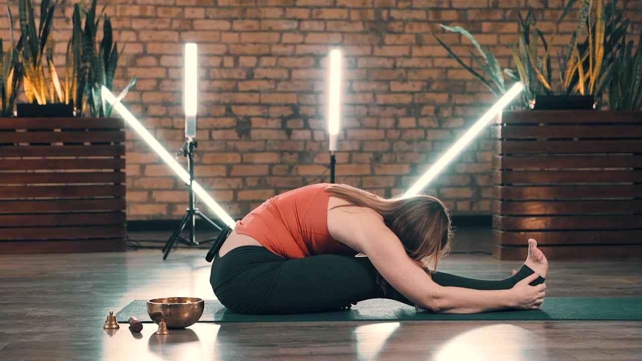 Стоп мігрень. Профілактика методами йоги