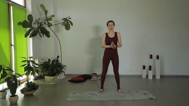 Занятия с силовым уклоном для формирования здоровых, крепких ног и грудных мышц / плеч