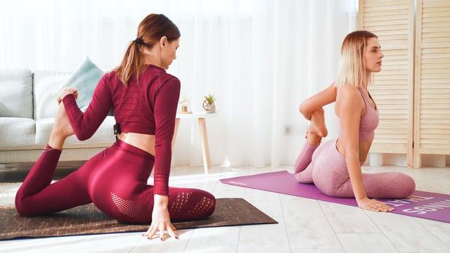 Формирование правильноӥ осанки.  Занятие на включение мышц всего тела и снятия напряжения с нижней части тела